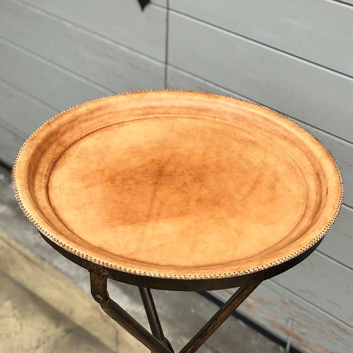 Leather ラウンドフォールディングテーブルS/ナチュラルブラウン01