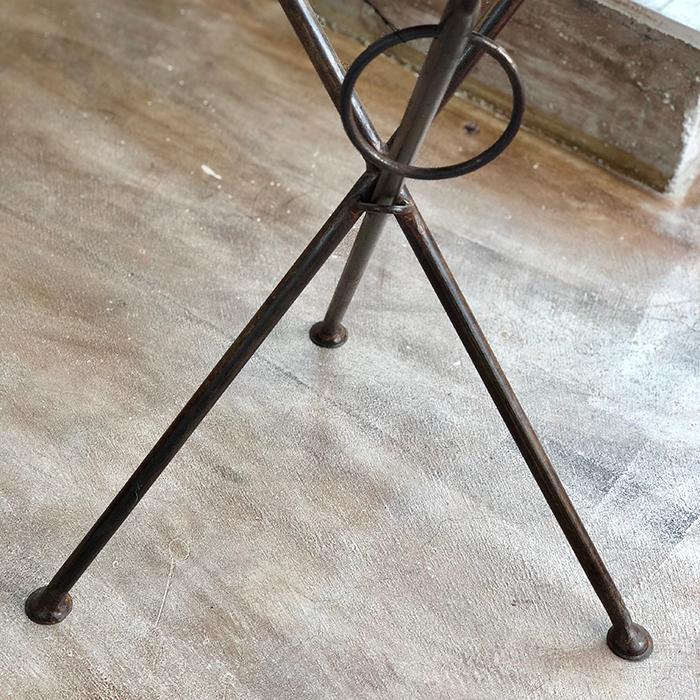 Leather ラウンドフォールディングテーブルS/ナチュラルブラウン05