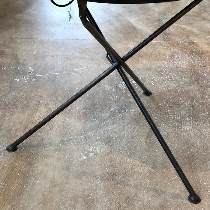 Leather ラウンドフォールディングテーブルM/ナチュラルブラウン04