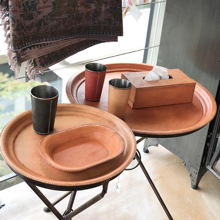Leather ラウンドフォールディングテーブルM/ナチュラルブラウン08
