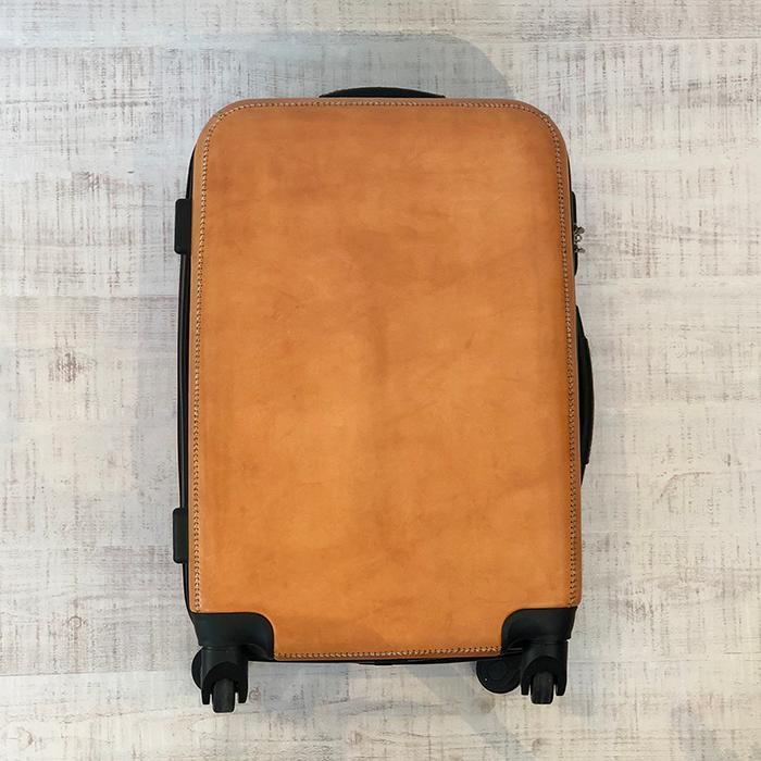 レザー張り スーツケース ブラック10