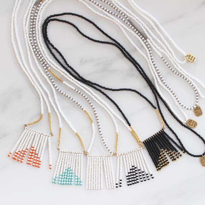 Porcupine Collection タッセルネックレス ゴールド&ブラック06