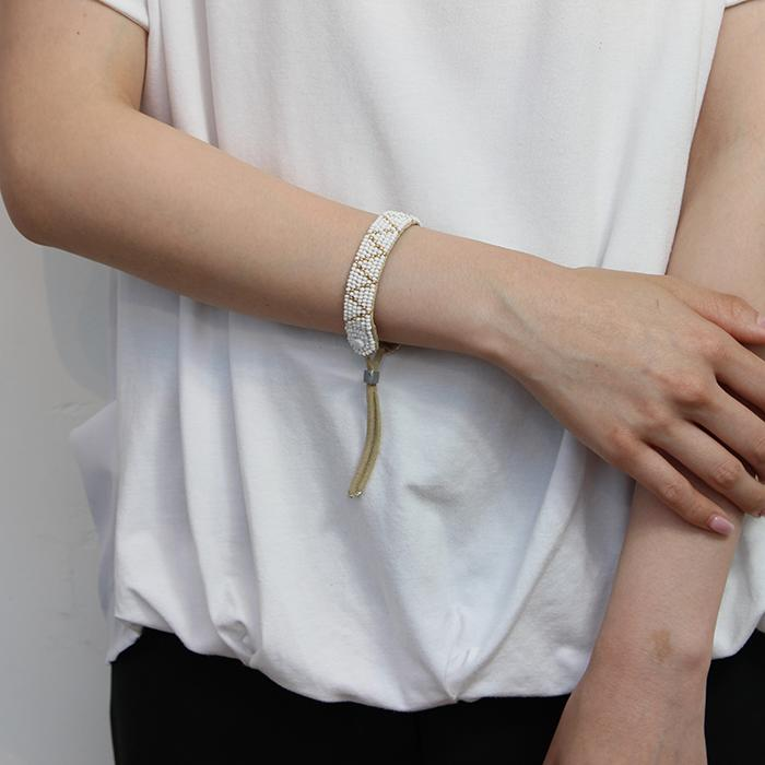 Sipolio Collection ジグザグレザーブレスレット ホワイト04