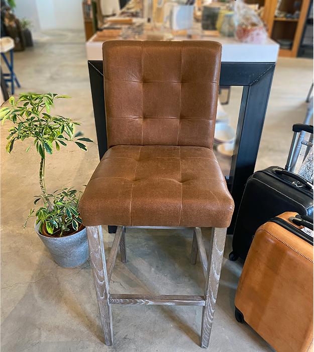 椅子 茶 革張り02